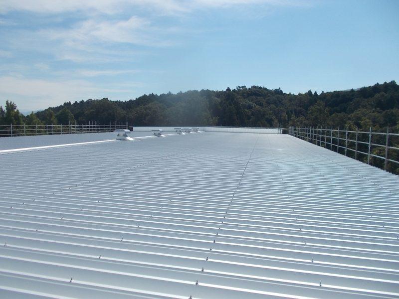 屋根カバー工法 施工事例